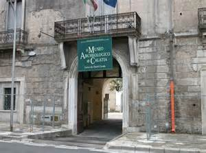 """MADDALONI, MUSEO ARCHEOLOGICO DI CALATIA: INAUGURAZIONE MOSTRA """"A TAVOLA CON GLI ANTICHI"""" E  E NUOVE SALE"""