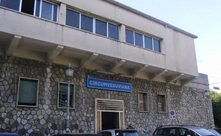 SANT'AGNELLO: DEGRADO STAZIONE FERROVIARIA
