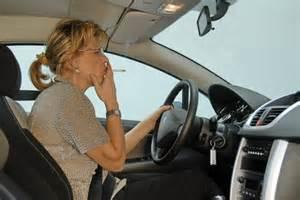 NO FUMO IN AUTO CON MINORI E DONNE INCINTE. DA DOMANI LO STOP