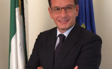 DI ANACAPRI IL DOTTOR GIUSEPPE MANZO, NUOVO AMBASCIATORE ITALIANO IN ARGENTINA.