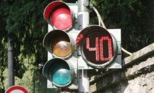 MULTE: ARRIVANO I SEMAFORI CON IL COUNTDOWN