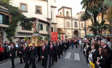 SORRENTO – BREVE STORIA DELLA FESTA DI SANT'ANTONINO DI MAGGIO (DEL PATROCINIO), DETTA DEI CONTADINI E GIARDINIERI.