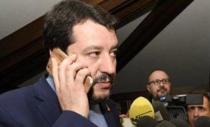 """SORRENTO – INTERVENTO TELEFONICO DI SALVINI AL CONGRESSO DEI MEDICI: """"LAVORIAMO PER SOSTITUIRE CHI VA IN PENSIONE"""""""