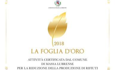 """MASSA LUBRENSE – UNA FOGLIA D'ORO IN PREMIO ALLE ATTIVITÀ TURISTICHE """"VIRTUOSE""""."""