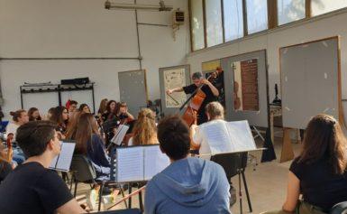 """SORRENTO, LICEO ARTISTICO MUSICALE F. GRANDI: IL 12 NOVEMBRE SCADE IL TERMINE PER LE ISCRIZIONI ALLA """"SORRENTO MODERN ORCHESTRA"""""""