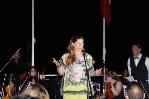 """SORRENTO: AUTONOMIA SCOLASTICA PER IL LICEO ARTISTICO MUSICALE """"F. GRANDI"""""""