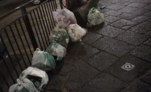 SORRENTO, CENTRO STORICO: TROPPA SPAZZATURA IN STRADA, ALLARME SANITARIO